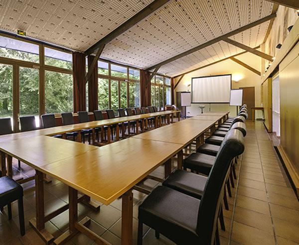 Séminaire au vert à 30 min de Paris, Château de Châtenay, salle de réunion